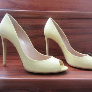 "CASADEI ""TIFFANY LEMON SORBET"" PUMPS, 40"
